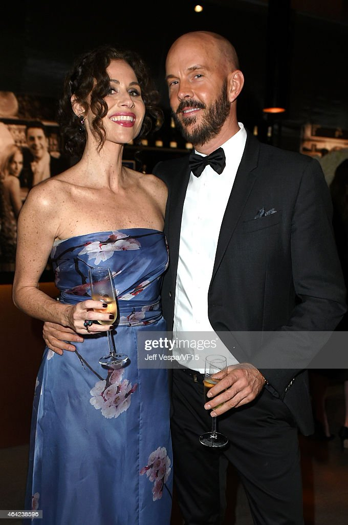 Actress Minnie Driver (L) attends the 2015 Vanity Fair Oscar Party hosted by Graydon Carter at the Wallis Annenberg Center for the Performing Arts on February 22, 2015 in Beverly Hills, California.