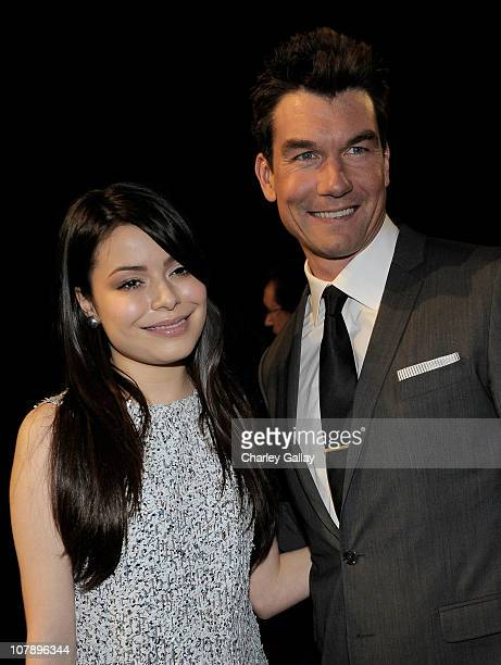 Actress Miranda Cosgrove and actor Jerry O'Connell attend the 2011 People's Choice Awards at Nokia Theatre LA Live on January 5 2011 in Los Angeles...