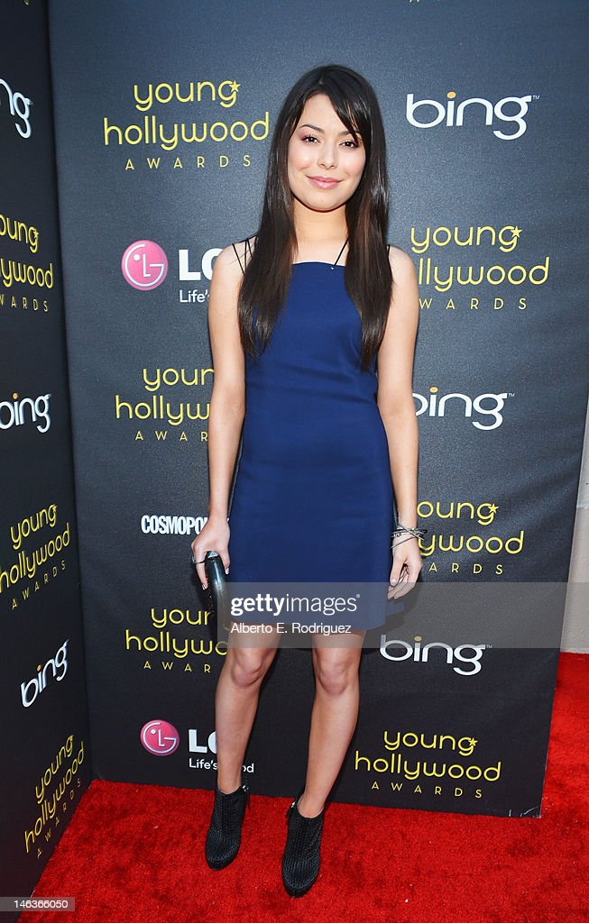 Actress Miranda Cosgrove arrives at 14th Annual Young Hollywood Awards presented by Bing at Hollywood Athletic Club on June 14, 2012 in Hollywood, California.