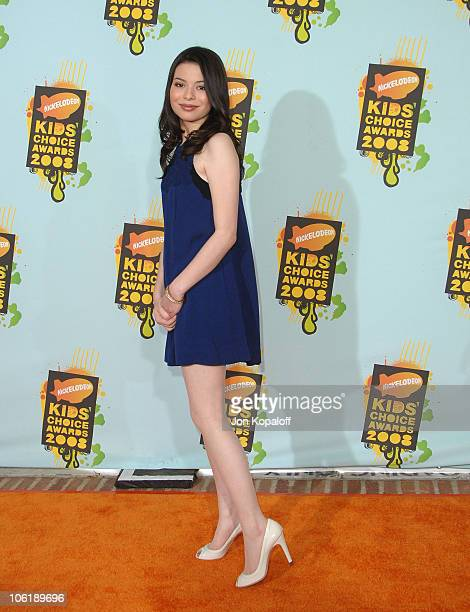 Actress Miranda Cosgrove arrives at Nickelodeon's 2008 Kids' Choice Awards at the Pauley Pavilion on March 29 2008 in Los Angeles California