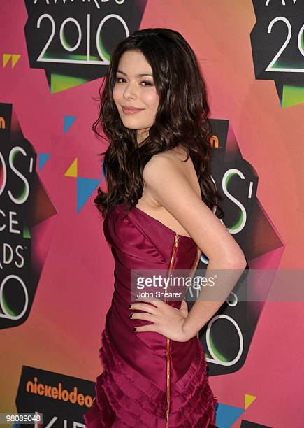Actress Miranda Cosgrove arrives at Nickelodeon's 23rd annual Kid's Choice Awards at Pauley Pavilion on March 27, 2010 in Los Angeles, California.