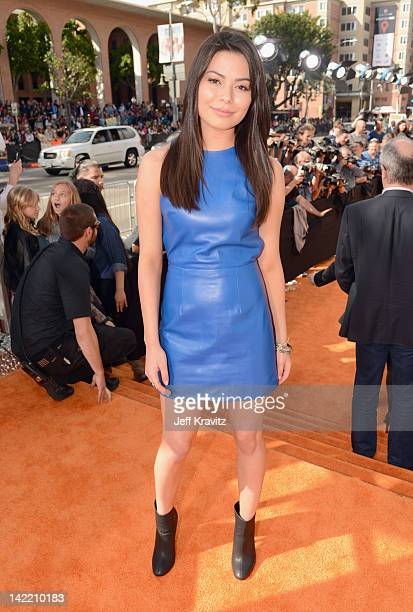Actress Miranda Cosgrove arrives at the 2012 Nickelodeon's Kids' Choice Awards at Galen Center on March 31 2012 in Los Angeles California