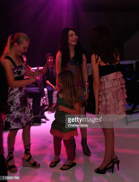 Actress Miranda Cosgrove celebrates with friends at her Sweet 16 Party at Siren on May 16, 2009 in Los Angeles, California.