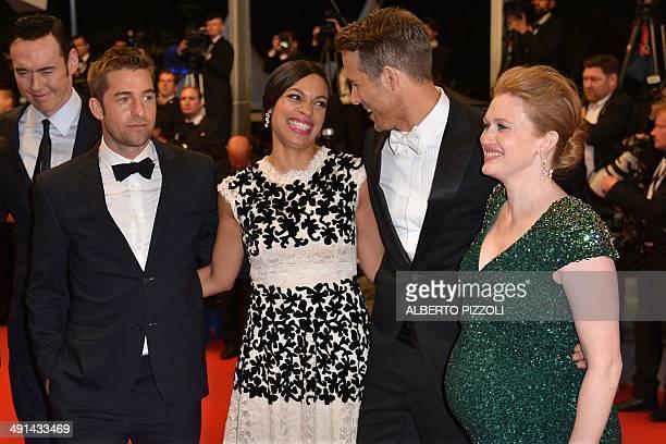 Actress Mireille Enos, Canadian actor Ryan Reynolds, US actress Rosario Dawson, British actor Scott Speedman and Canadian actor Kevin Durand pose as...