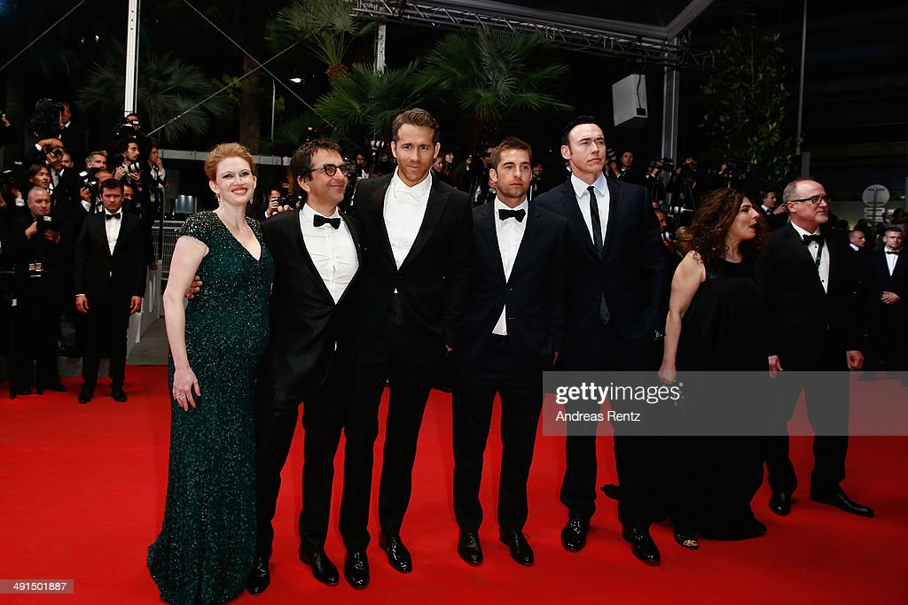 Actress Mireille Enos, director Atom Egoyan, actors Ryan Reynolds, Scott Speedman and Kevin Durand attend the 'Captives' premiere during the 67th Annual Cannes Film Festival on May 16, 2014 in Cannes, France.