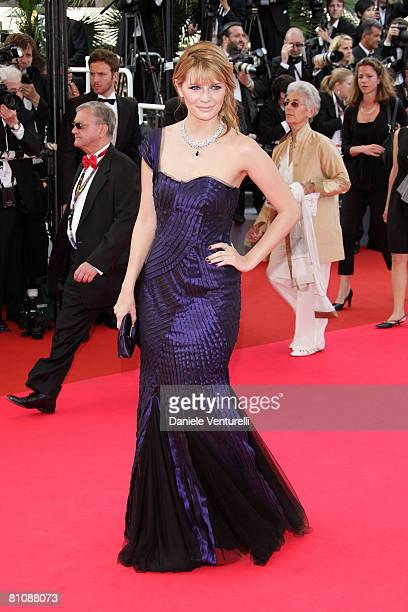 """Actress Mischa Barton arrives at the """"Blindness"""" premiere during the 61st Cannes International Film Festival on May 14, 2008 in Cannes, France."""