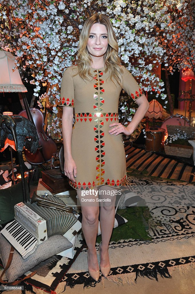 Actress Mischa Barton attends the alice + olivia by Stacey Bendet and Neiman Marcus present See-Now-Buy-Now Runway Show at NeueHouse Los Angeles on April 13, 2016 in Hollywood, California.