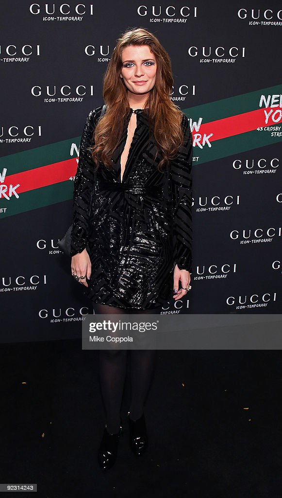 Gucci Icon-Temporary Flash Sneaker Store Launch