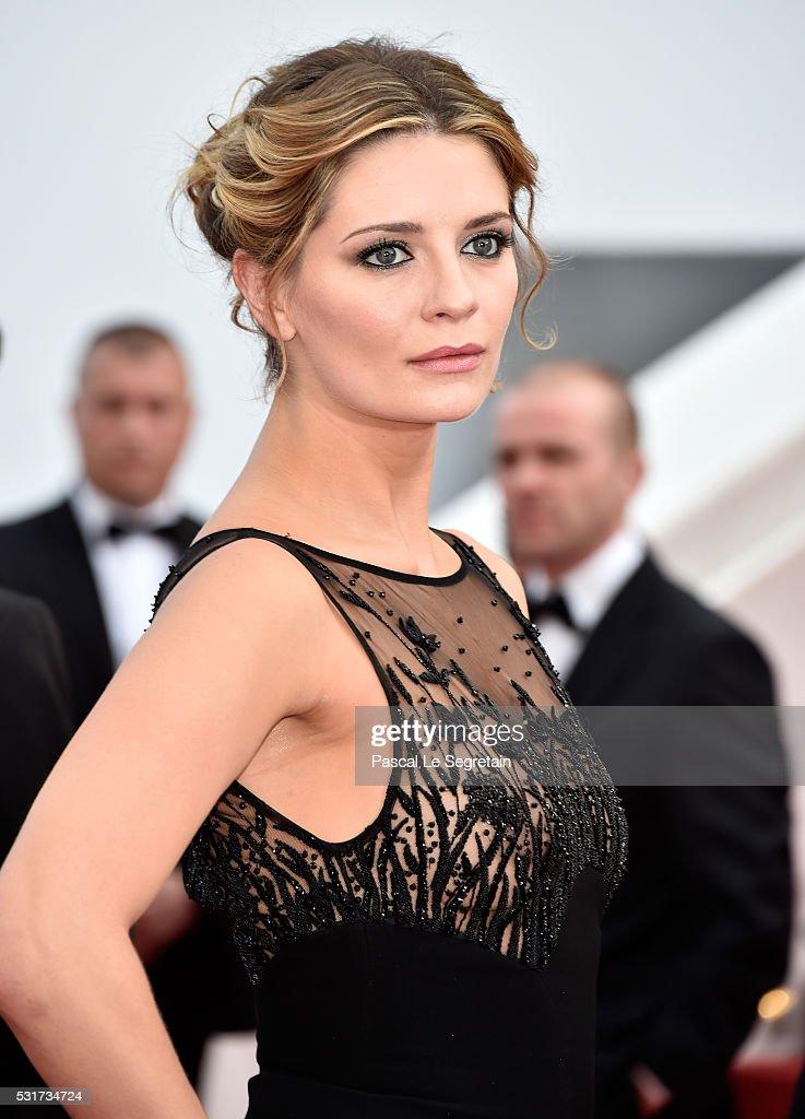 """Loving"" - Red Carpet Arrivals - The 69th Annual Cannes Film Festival : ニュース写真"