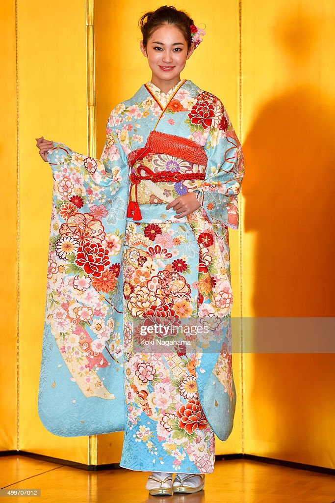Actress Miyu Yoshimoto attends the New Year's Kimono photocall for Oscar Promotion on December 3, 2015 in Tokyo, Japan.