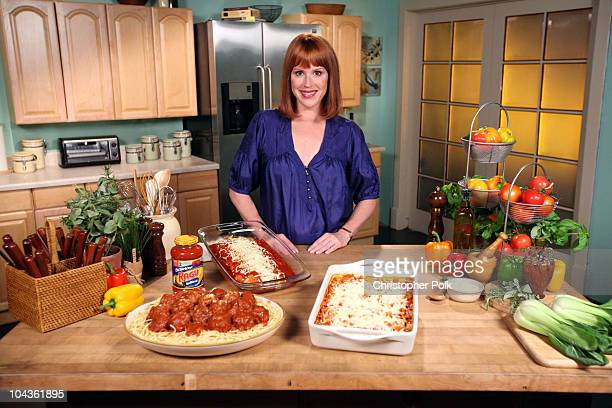 Actress Molly Ringwald teams up with Ragu to tackle Mom�s toughest backtoschool mealtime challenges and to launch the new Ragu Old World Style...