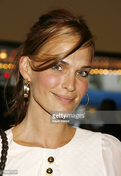 Actress Molly Sims arrives at a screening of Hollywood Picture's The Invisible at the Bruin Theatre on April 24 2007 in Los Angeles California
