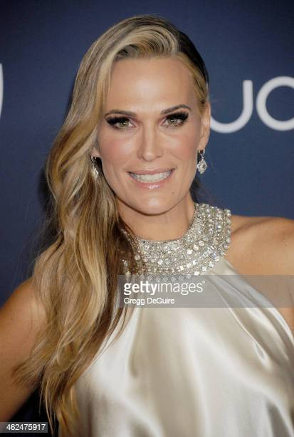 Actress Molly Sims arrives at the 2014 InStyle And Warner Bros 71st Annual Golden Globe Awards postparty at The Beverly Hilton Hotel on January 12...