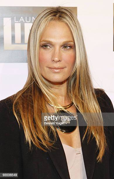 Actress Molly Sims attends Bravo's 'Launch My Line' premiere party at Avenue on December 1 2009 in New York City
