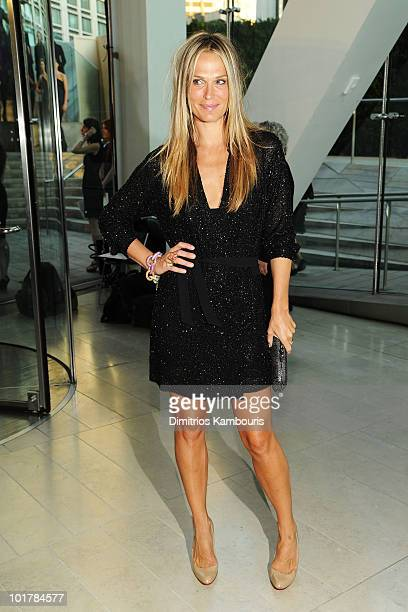 Actress Molly Sims attends the 2010 CFDA Fashion Awards at Alice Tully Hall Lincoln Center on June 7 2010 in New York City