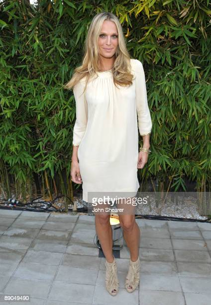 Actress Molly Sims attends Vogue's 1 year anniversary party for 31 Phillip Lim's LA store held at 31 Phillip Lim on July 15 2009 in West Hollywood...