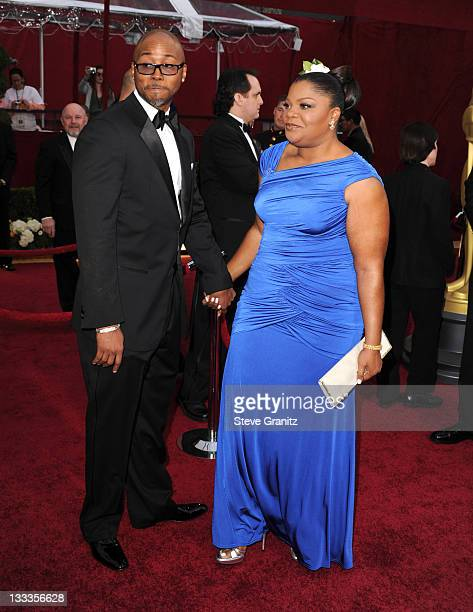 Actress Mo'Nique and Husband Sidney Hicks arrive at the 82nd Annual Academy Awards at the Kodak Theatre on March 7 2010 in Hollywood California on...