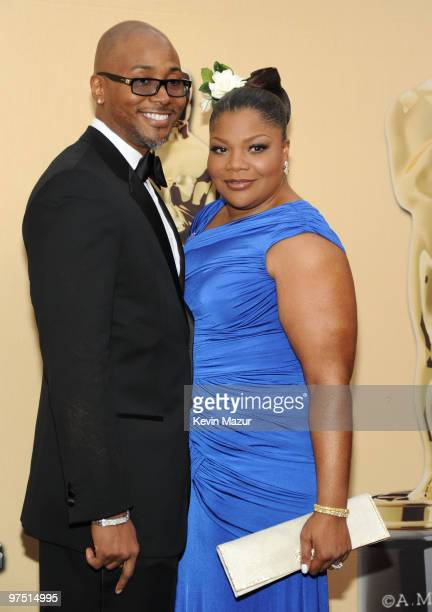 Actress Mo'Nique and husband Sidney Hicks arrive at the 82nd Annual Academy Awards at the Kodak Theatre on March 7 2010 in Hollywood California
