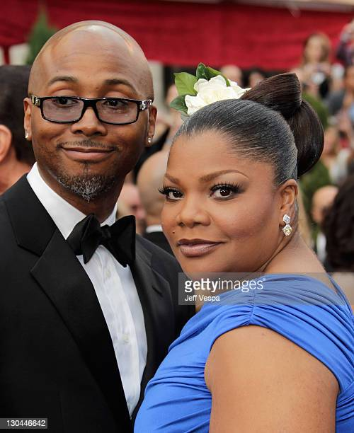 Actress Mo'Nique and Sidney Hicks arrive at the 82nd Annual Academy Awards held at the Kodak Theatre on March 7 2010 in Hollywood California