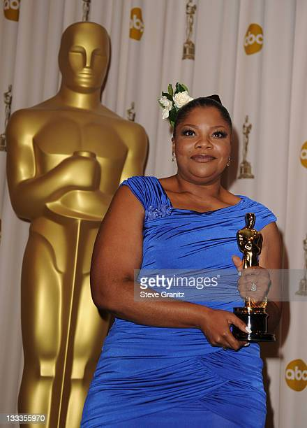 Actress Mo'Nique poses in the press room at the 82nd Annual Academy Awards held at the Kodak Theatre on March 7 2010 in Hollywood California
