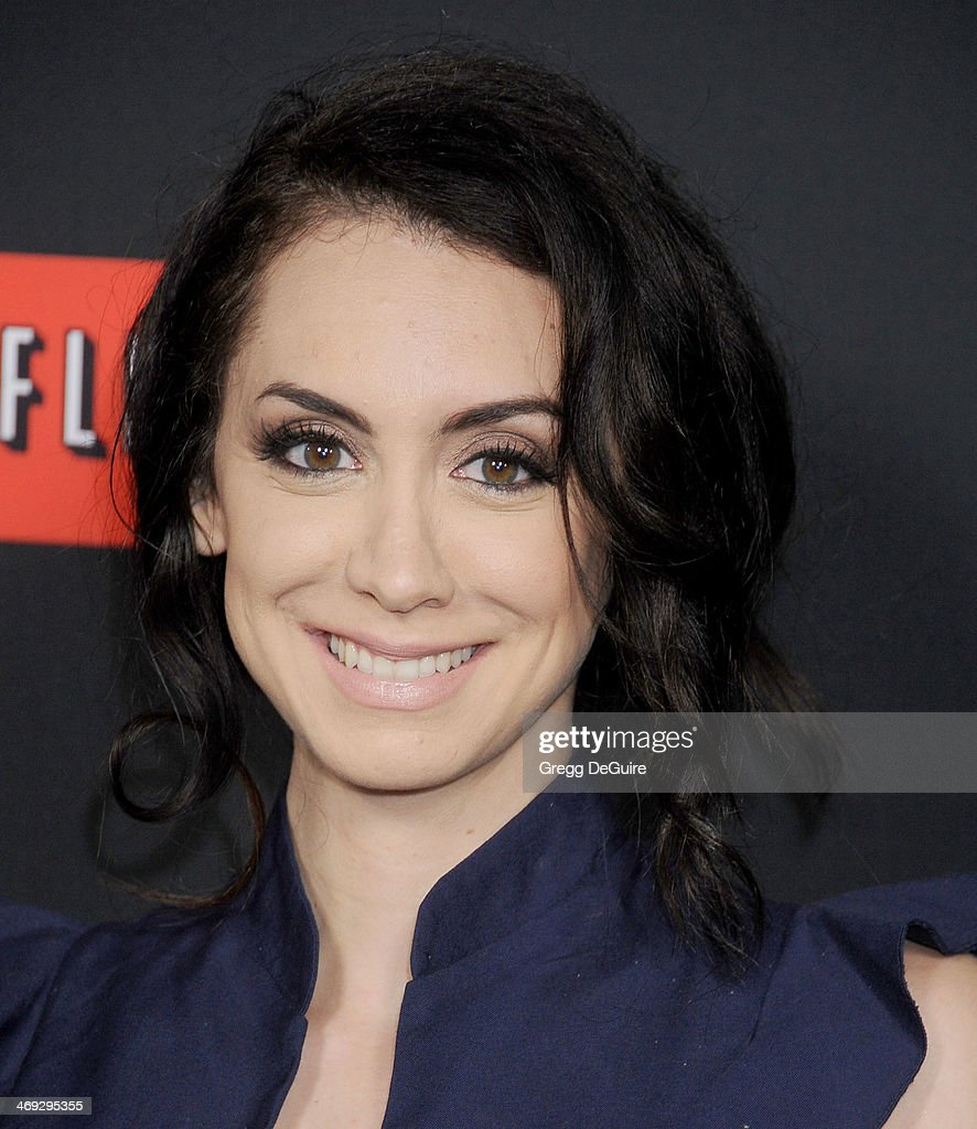 Actress Mozhan Marno Arrives At The 'House Of Cards
