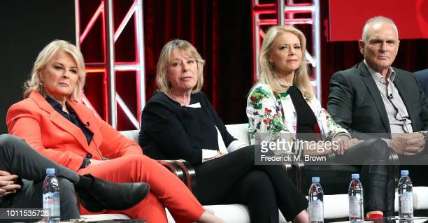 Actress Murphy Brown executive producer Diane English actress Faith Ford and actor Joe Regalbuto of the television show 'Murphy Brown' speak during...