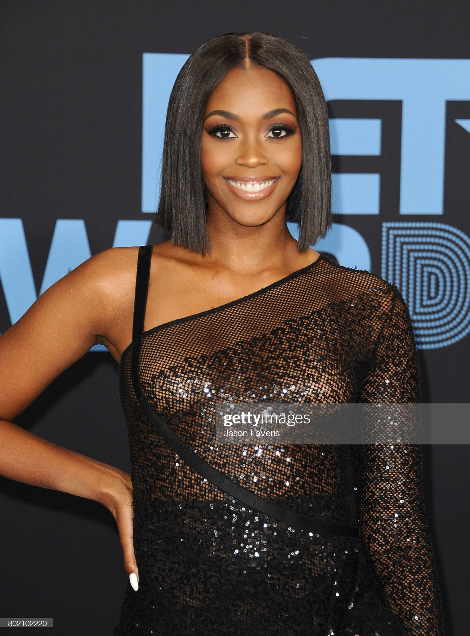 Top 80 Famosas Foroalturas - Página 2 Actress-nafessa-williams-attends-the-2017-bet-awards-at-microsoft-on-picture-id802102220?s=2048x2048