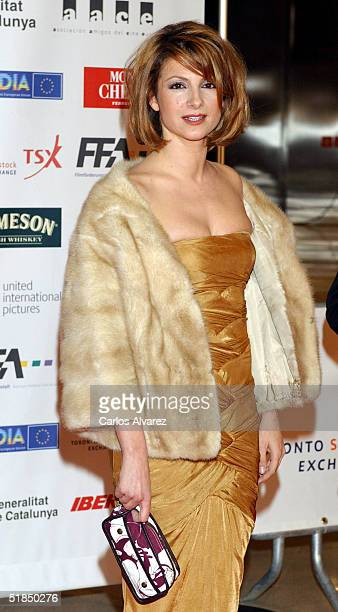 """Actress Najwa Nimri arrives at the """"European Film Awards 2004"""" on December 11, 2004 at The Forum in Barcelona, Spain. The annual film awards are..."""