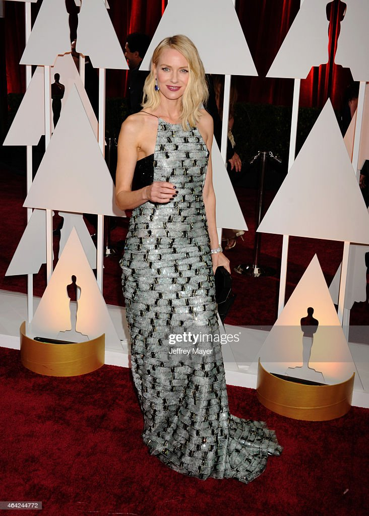 Actress Naomi Watts arrives at the 87th Annual Academy Awards at Hollywood & Highland Center on February 22, 2015 in Hollywood, California.