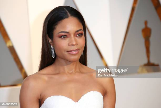 Actress Naomie Harris arrives at the 89th Annual Academy Awards at Hollywood Highland Center on February 26 2017 in Hollywood California