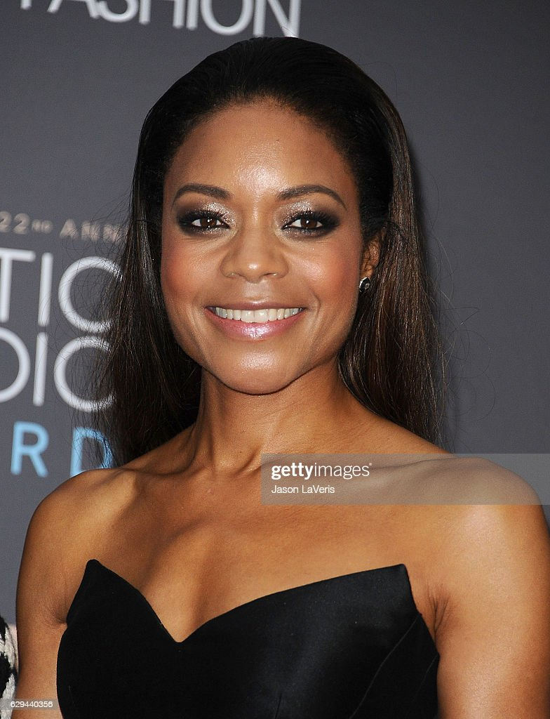 Actress Naomie Harris poses in the press room at the 22nd annual Critics' Choice Awards at Barker Hangar on December 11, 2016 in Santa Monica, California.