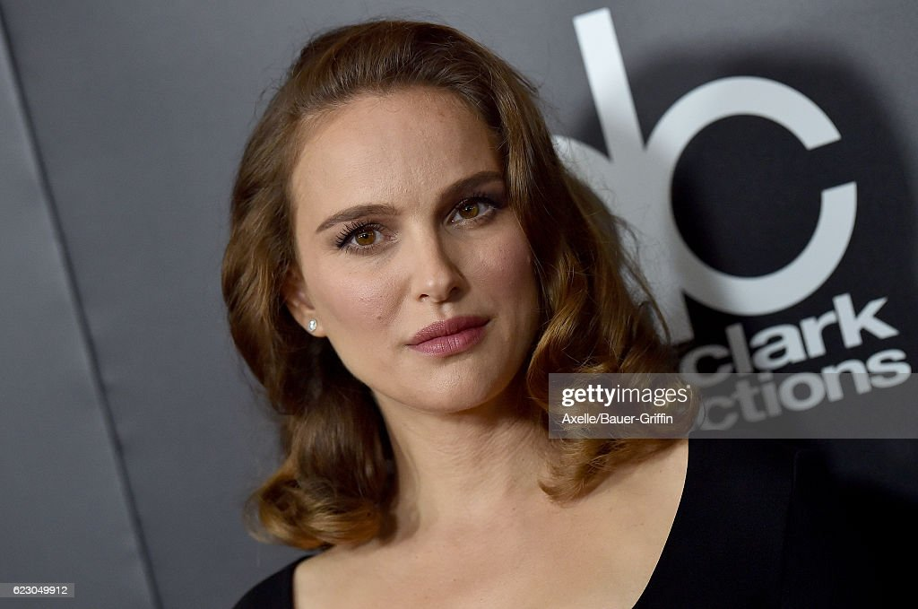 Actress Natalie Portman arrives at the 20th Annual Hollywood Film Awards at the Beverly Hilton Hotel on November 6, 2016 in Los Angeles, California.
