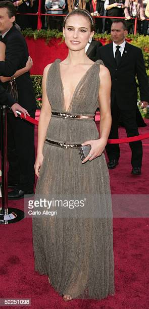 Actress Natalie Portman arrives at the 77th Annual Academy Awards at the Kodak Theater on February 27, 2005 in Hollywood, California.