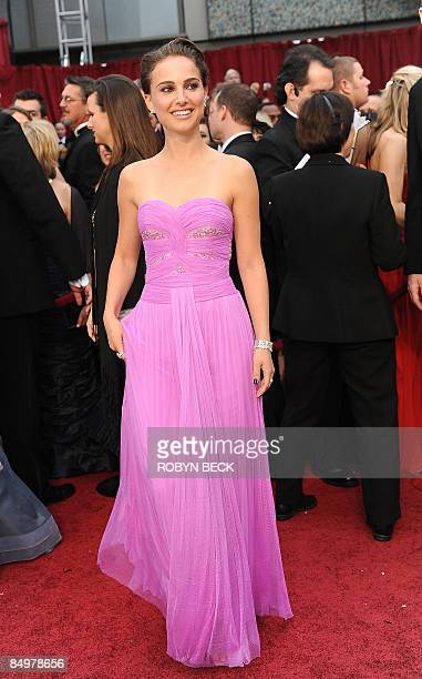 Actress Natalie Portman arrives at the 81st Academy Awards at the Kodak Theater in Hollywood, California on February 22, 2009. AFP PHOTO Robyn BECK
