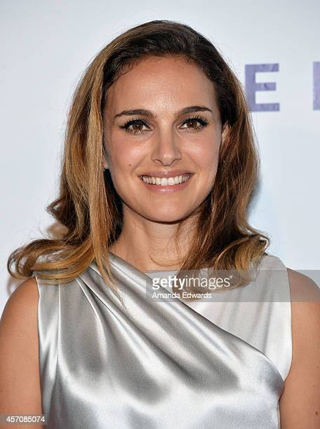 Actress Natalie Portman arrives at the Children's Hospital Los Angeles Gala Noche de Ninos at the LA Live Event Deck on October 11 2014 in Los...