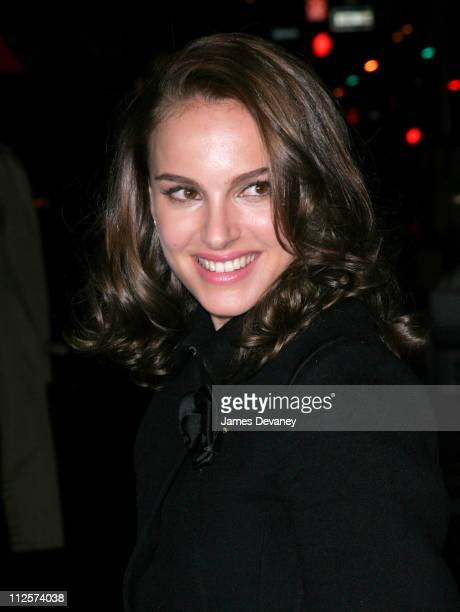 """Actress Natalie Portman arrives at the Private Screening of """"The Other Boleyn Girl"""" at the Regal Cinemas on February 26, 2008 in New York City."""