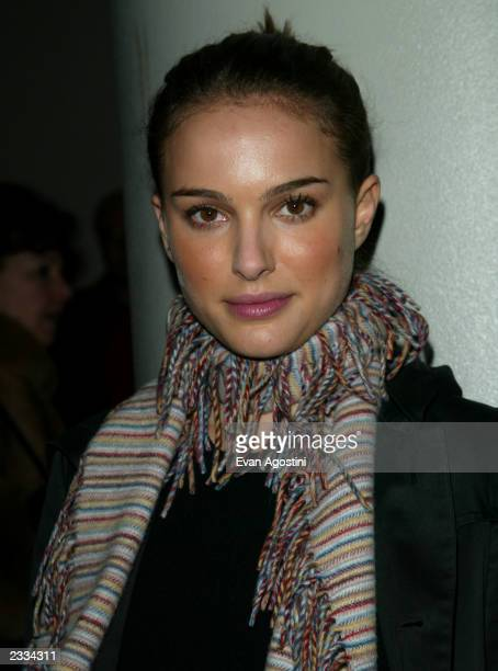 Actress Natalie Portman arriving at the New York Premiere of 'The Pianist' at the Loews Lincoln Square New York City December 10 2002 Photo by Evan...