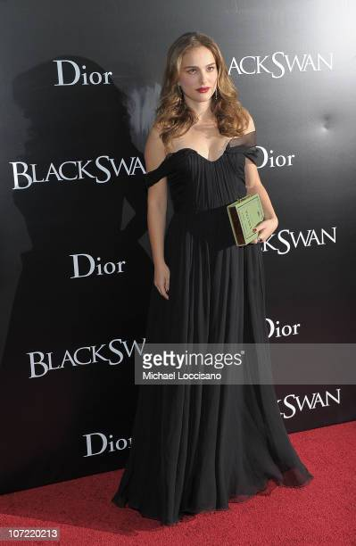 Actress Natalie Portman attends the New York Premiere of 'Black Swan' at Ziegfeld Theatre on November 30 2010 in New York City