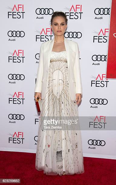 Actress Natalie Portman attends the premiere of 'Jackie' at AFI Fest 2016 presented by Audi at TCL Chinese Theatre on November 14 2016 in Hollywood...