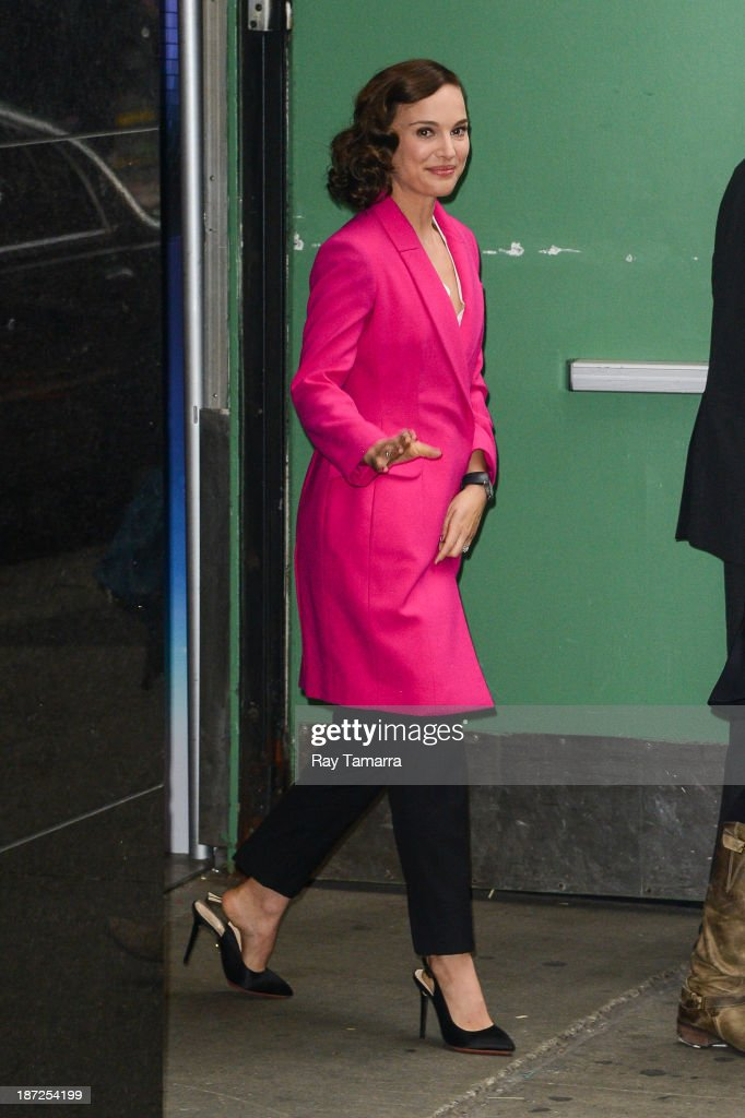 Actress Natalie Portman leaves the 'Good Morning America' taping at the ABC Times Square Studios on November 7, 2013 in New York City.