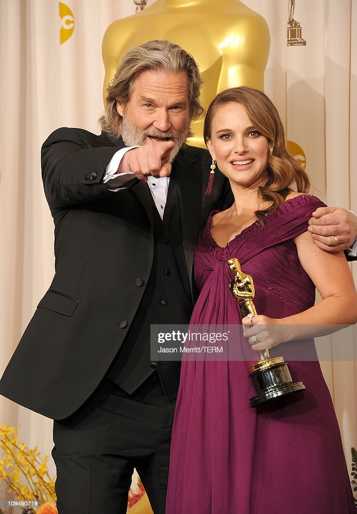 Actress Natalie Portman (R), winner of the award for Best Actress in a Leading Role for 'Black Swan', and presenter Jeff Bridges pose in the press room during the 83rd Annual Academy Awards held at the Kodak Theatre on February 27, 2011 in Hollywood, California.