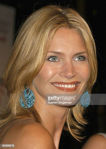 Actress Natasha Henstridge attends The Hollywood Reporter 75th Anniversary Gala at Astra West at The Pacific Design Center on September 13 2005 in...