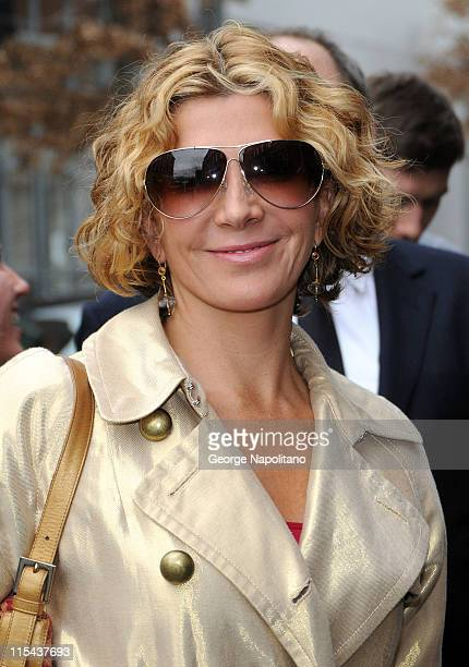 Actress Natasha Richardson attends Marchesa Fall 2008 presentation during Mercedes Benz Fashion Week at Chelsea Art Museum on February 6 2008 in New...