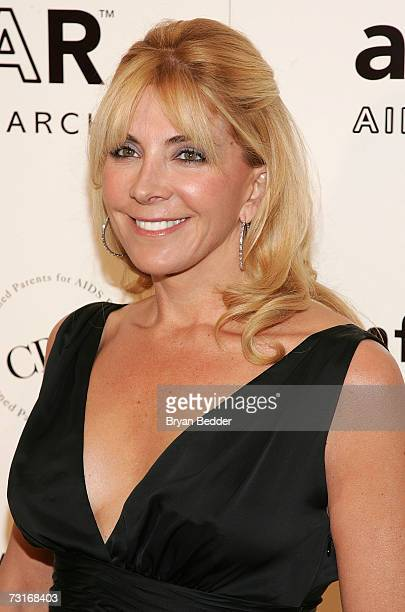 Actress Natasha Richardson attends the AmFAR Gala honoring the work of John Demsey and Whoopi Goldberg at Cipriani 42nd Street January 31 2007 in New...