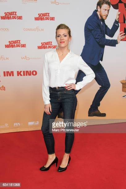Actress Nele Kiper attends the premiere of SCHATZ NIMM DU SIE at the Cineplex on February 7 2017 in Cologne Germany