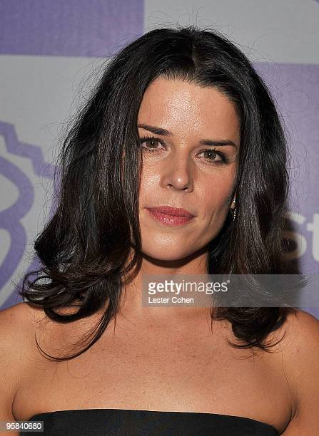 Actress Neve Campbell attends the InStyle and Warner Bros 67th Annual Golden Globes post party held at the Oasis Courtyard at The Beverly Hilton...