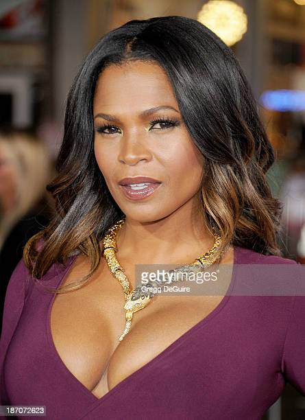 Actress Nia Long arrives at the Los Angeles premiere of 'The Best Man Holiday' at TCL Chinese Theatre on November 5 2013 in Hollywood California