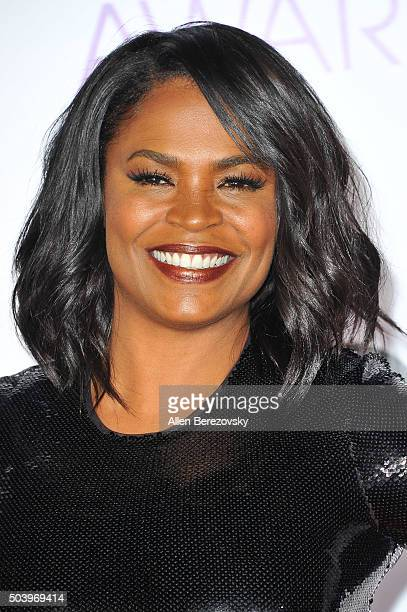 Actress Nia Long arrives at the People's Choice Awards 2016 at Microsoft Theater on January 6 2016 in Los Angeles California