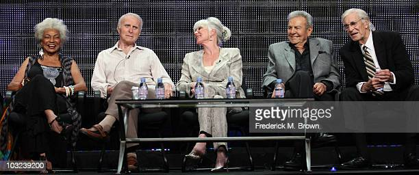 Actress Nichelle Nichols actor Robert Conrad actress Linda Evans actors Mike Connors and Martin Landau of the television show Pioneers of Television...