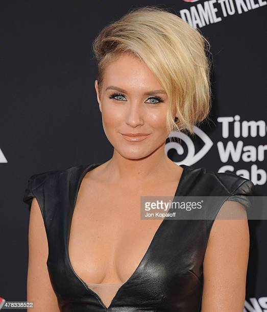 HOLLYWOOD CA Actress Nicky Whelan arrives at the Los Angeles Premiere Sin City A Dame To Kill For at TCL Chinese Theatre on August 19 2014 in...